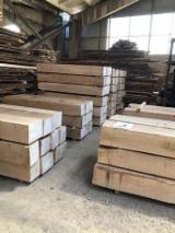 Sawn Russian oak cubes, boules, lafette, KD Board