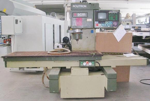 Used-%3C-2010-CNC-Machining-Center-For-Sale