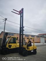 Hyster Woodworking Machinery - We are selling new and used forklifts Hyster/ H3.0FT.