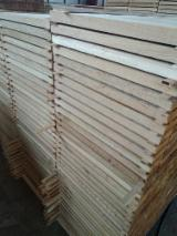 Find best timber supplies on Fordaq - OAK, Fresh saw: beams/sleepers/boards edged