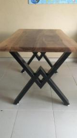 Küchenmöbel - Walnuss Tische