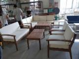 Garden Furniture - 4-Piece Acacia Wood Sofa Set with seat and back cushion in polyester 180gr/m2;