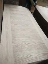natural oak veneer faced HDF door skin