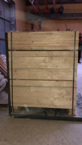 Embalagens de madeira Abeto - Whitewood, Pinus - Sequóia Vermelha, Pinheiro Siberiano Transporte Seco (KD 18-20%) À Venda