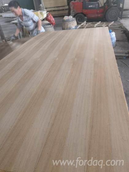 Natural-Teak-Plywood-with-Poplar-Core