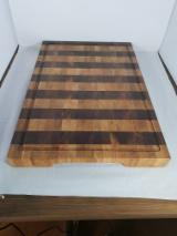 Wood Components Turkish Oak Quercus Cerris - Endgrain Turkish Oak/ Walnut Cutting Boards