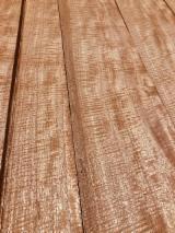 单板及镶板 - 天然木皮单板, 桃花心木, 裂缝