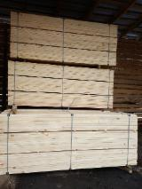 Pine / Redwood Sawn Timber, Length 2.1-6 m