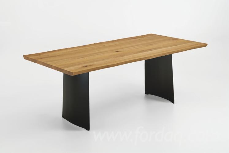 Столи, Дизайн