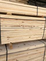 栈板、包装及包装用材 - 苏格兰松, 200 立方公尺 每个月