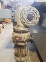 VIET Woodworking Machinery - VIET CHALLENGE 323C Wide Belt Sander