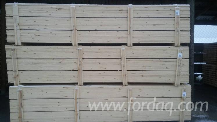 Wholesale 15; 16 mm Fresh Sawn Pine - Scots Pine Belarus