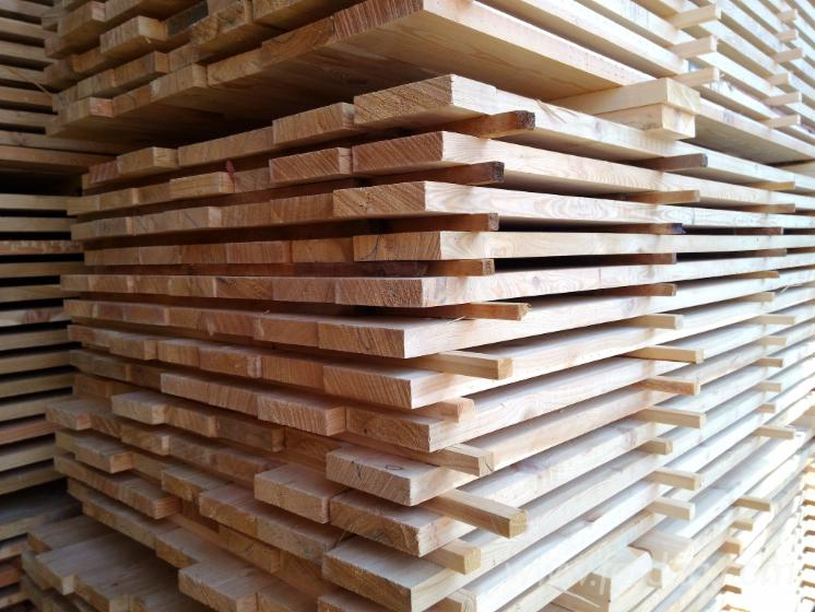 25--32-mm-Shipping-Dry-%28KD-18-20-%29-Siberian-Larch-Planks-%28boards%29-from-Russia