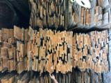 硬木:毛边材 - 毛刺 - 圆柱 克罗埃西亚 - 疏松, 樱桃