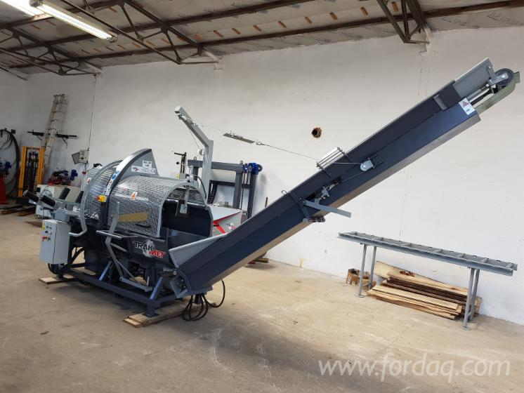 Firewood-Processor-25-ton---Spaltautomat---Cleaving-Chachines-