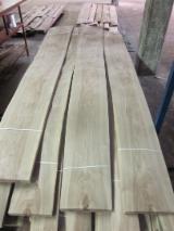 Drewniane Orkusze Okleiny Z Całego Świata - Złożone Palety Okleiny - Fornir Naturalny, Okleiny Naturalne, Orzech Włoski, Płasko Cięte, Gładkie