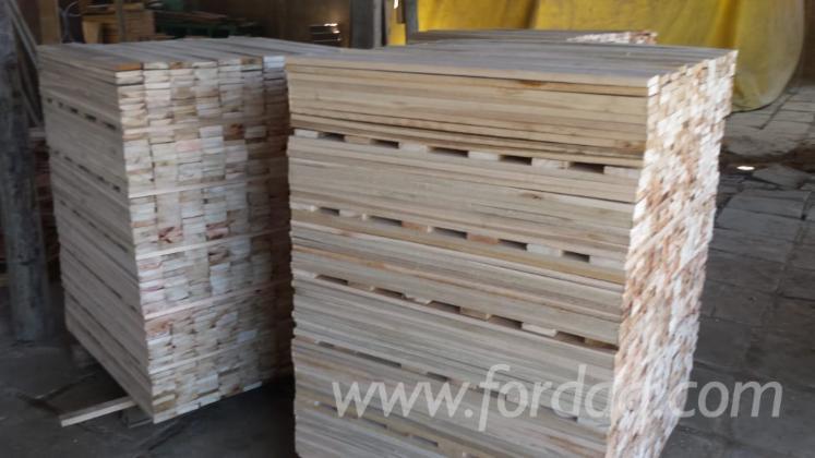 Vend Sciages Eucalyptus Séchage Naturel (AD) Sul Brésil