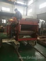 Drum chipper/chipper for wood based panel field/Chipper for paper mills