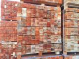Palettes - Emballage Amérique Du Nord - Vend Sciages Aulne Noir, Bouleau, Tremble Frais De Sciage (vert)