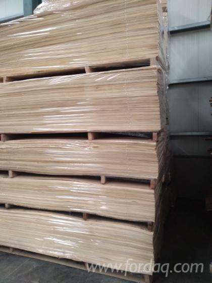White Ash Veneer Manufacturer from Turkey