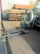 Mattison Woodworking Machinery - Used Mattison 404 Rip saw - straight line