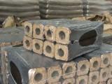Energie- Und Feuerholz Europa - Kiefer - Föhre, Fichte Holzbriketts