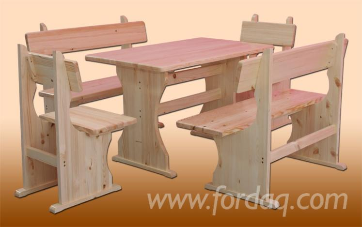 Benches and tables for garden pinewood