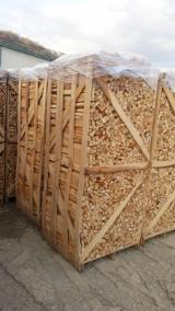 Firewood, Pellets And Residues Air Dried 6 Months - Beech Firewood/Woodlogs Cleaved 3-5 cm
