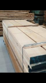 Sawn and Structural Timber - Oak Planks (boards) F 1 Italy