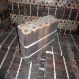 Energie- und Feuerholz - Buche, Birke, Eiche Holzbriketts