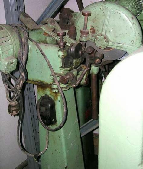 Gebraucht-%3C-2010-Messer-Sch%C3%A4rfmaschinen-Zu-Verkaufen