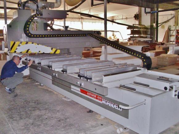 Gebraucht-%3C-2010-CNC-Bearbeitungszentren-Zu-Verkaufen