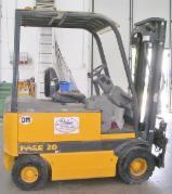 Forklift Б / У Італія