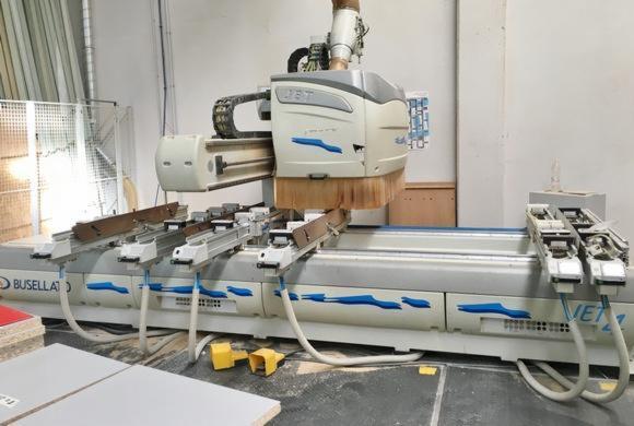 CNC-Machining-Center-%D0%91---%D0%A3