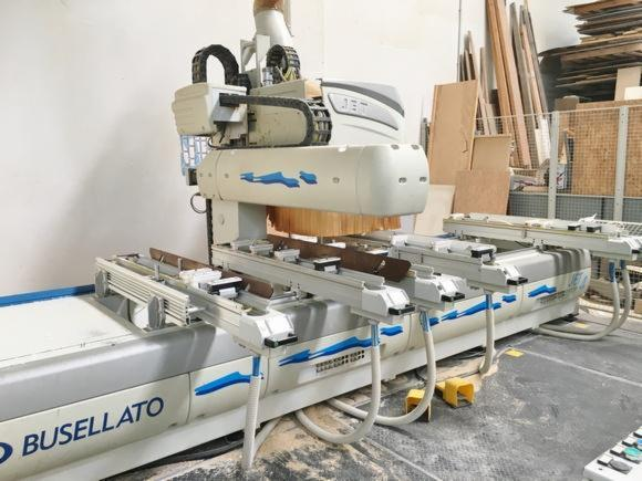 Macchine Per Lavorare Il Legno Usate D Occasione : Vendo cnc centri di lavoro usato italia in vendita