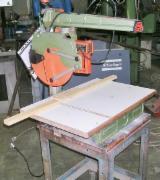 Finden Sie Holzlieferanten auf Fordaq - Pieri Macchine S.p.A. - Gebraucht < 2010 Radial- / Auslegerkreissägen Zu Verkaufen Italien