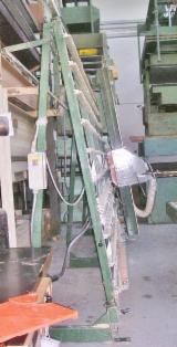 Finden Sie Holzlieferanten auf Fordaq - Pieri Macchine S.p.A. - Gebraucht < 2010 Plattenaufteilanlagen - Horizontale Zu Verkaufen Italien