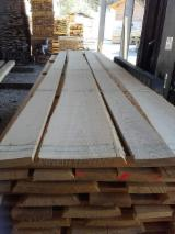 null - unbesäumtes Esche Schnittholz A-Sortierung / unedged ash lumber A-grade
