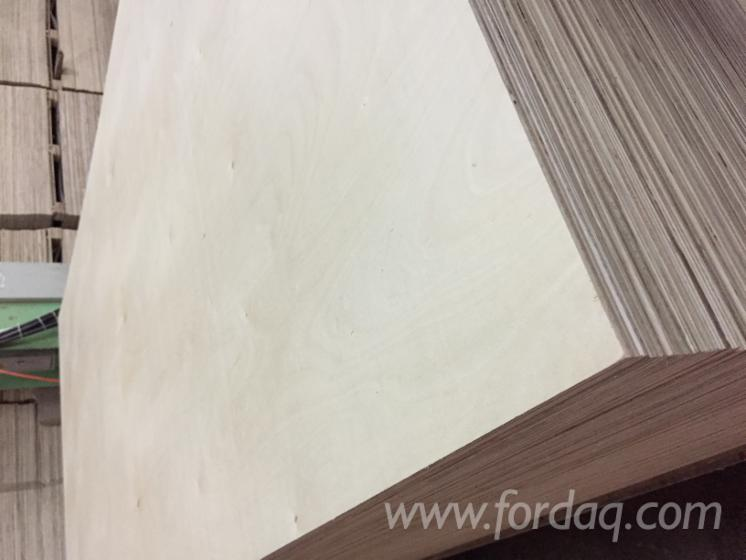 Vietnam-Commercial-Plywood---Laminated