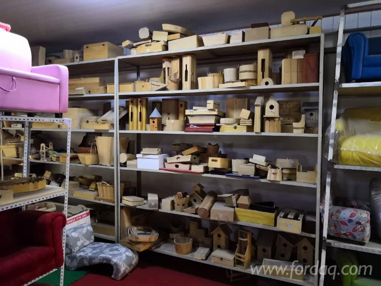 Pine, Beech, Birch, Poplar Wooden Handcrafted Products (Boxes, Toys)