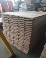 Solid Wood Panels - Beech, Oak 20-40 mm Finger Jointed (Discontinuous Stave) European hardwood