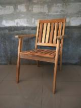 CE Certified Garden Furniture - Outdoor Wooden Stacking Dining Chair