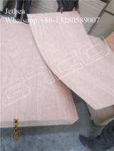 Vender Compensado Natural Cedro Vermelho Oriental 2-25 mm China