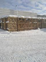 Energie- Und Feuerholz Zu Verkaufen - FSC Eiche Brennholz Gespalten
