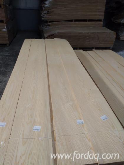 Flat Cut White Ash Veneer, 0.55 mm