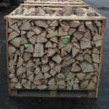 Energie- und Feuerholz - Buche, Hain- Und Weissbuche, Eiche Brennholz Gespalten