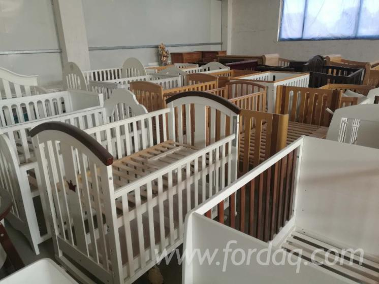 Baby Cribs in Beech