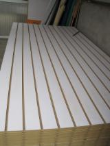 12-18 mm mdf slatwall panel/slot wall mdf board/slat board