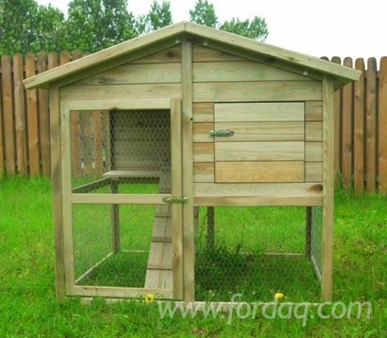 Chicken-Coop-Hen