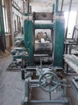 Linck Woodworking Machinery - Used Linck Log Band Saw Vertical For Sale Romania